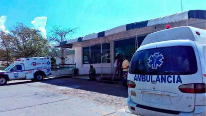 El joven que sobrevivió está siendo atendido en el Hospital Nuestra Señora de los Remedios.