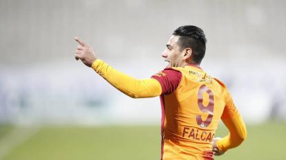 Galatasaray confirmó lesión de Falcao García y es duda para la Eliminatoria