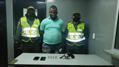 Supuesto taxista fue capturado en medio de atraco
