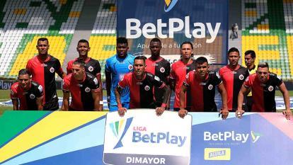 Entre las deudas, el equipo le debe a varios jugadores de su plantilla y a otros que ya salieron del club.