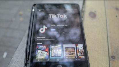 EE.UU. permite seguir operando a TikTok  por una orden judicial