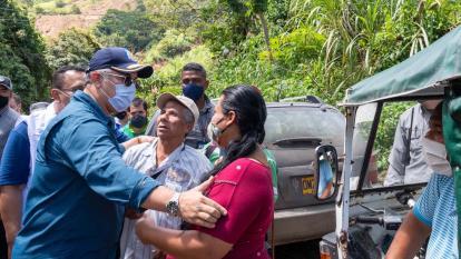 Duque pide a familias en riesgo de Dabeiba permanecer en albergues