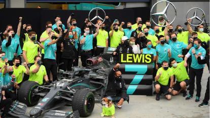 Hamilton logra en Turquía su séptima corona de la Fórmula 1