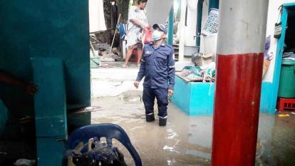 Fuerte oleaje en Coveñas deja cerca de 100 familias damnificadas