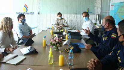 Reunión del Comité de Navegación del Río.