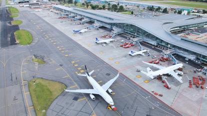 Supertransporte ordena a Interjet atender los reclamos de clientes