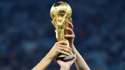 El sector futbolístico deberá valorar la posibilidad de realizar la competencia cada dos años.
