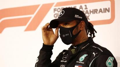 Lewis Hamilton eleva a 98 su récord histórico de 'poles'