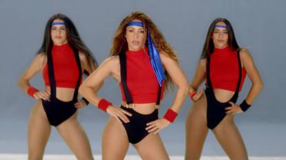 En video | Shakira en modo 'aeróbic' y 'skater'