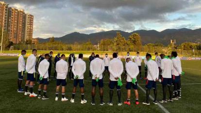 Cancelan campeonatos sudamericanos de fútbol por pandemia