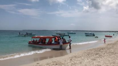 Playa Blanca reabrió para  recibir  a 1 .000 turistas por día: Alcaldía