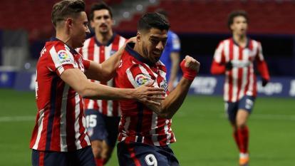 Luis Suárez mantiene al Atlético de Madrid en el liderato de la Liga