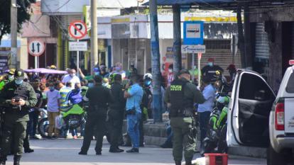 Sitio donde ocurrió el atentado con la granada que dejó personas heridas.