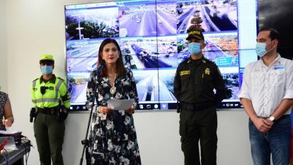 La ministra de Transporte, Ángela María Orozco durante la rueda de prensa.