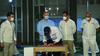 La firma del memorando de entendimiento en el municipio de La Paz, Cesar.