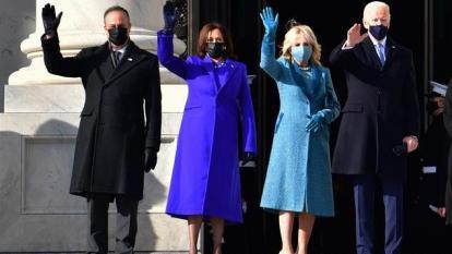 (De izq a der.) Dough Emhoff, segundo caballero; Kamala Harris, vicepresidenta; Dr. Jill Biden, primera dama y Joe Biden, presidente de Estados Unidos.