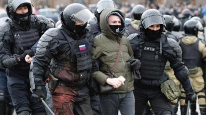 Seguidores de Navalni mantienen el pulso a Putin en nueva oleada de protestas