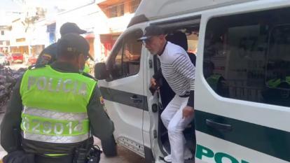 Por orden de juez, Bernardo Hoyos queda en libertad