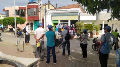 Campesinos del sur de Córdoba reclaman pagos del Pnis