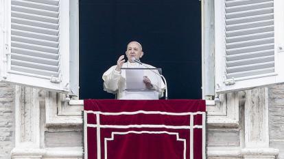 """El papa agradece a Colombia su """"valiente"""" política migratoria con venezolanos"""