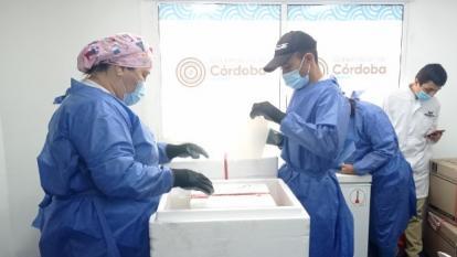 Adultos mayores serán los primeros vacunados en Córdoba