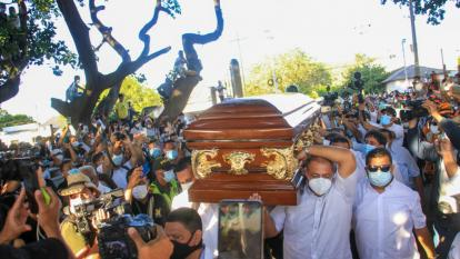 Hurtos, aglomeraciones y consumo de licor en sepelio del 'Jilguero'