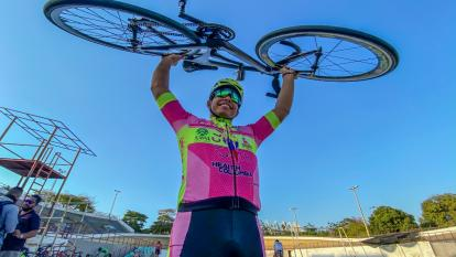 Francisco Jaramillo confía en su disciplina para llegar lejos en el ciclismo de pista.