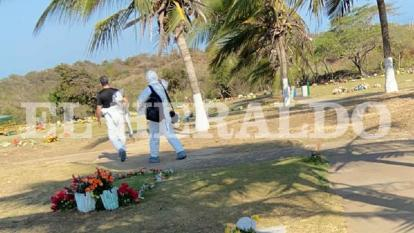 Aspecto de exhumación del posible cuerpo de la enfermera Marilyn Pérez.