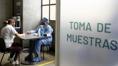 Hipercontagio, la causa del comportamiento atípico del virus en Barranquilla