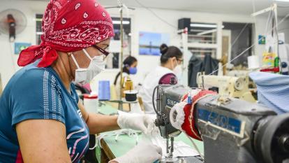 Gremios rechazan reajuste de aranceles a las confecciones