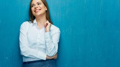 La camisa blanca: una prenda de vestir infaltable y versátil