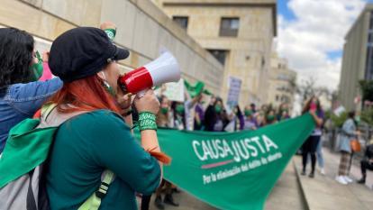 Despenalizar el aborto en Colombia: ¿qué dicen las voces a favor y en contra?