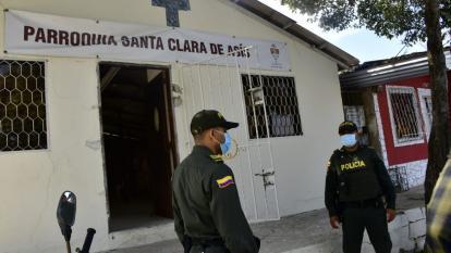Sujetos roban en una iglesia en el barrio Nueva Colombia