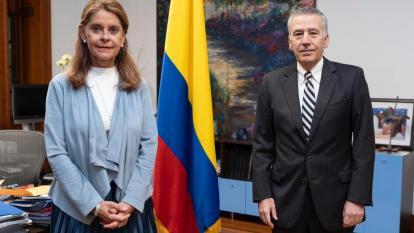 EE. UU. reafirmó respaldo a diálogo para resolver desacuerdos