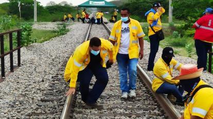 Piden a minminas intervenir en protesta de extrabajadores de Cerrejón