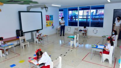 Estudiantes de preescolar y jardín retornaron a las aulas de clase