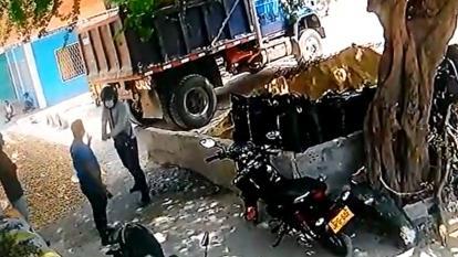 Atracan a trabajador de una ferretería en Soledad