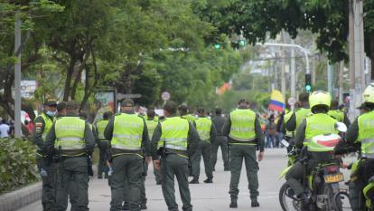 Demandan decreto de asistencia militar a la Policía en el paro