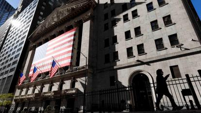 Entre altas y bajas cerró Wall Street a la espera de la reunión de la Reserva