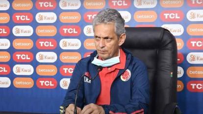 Reinaldo Rueda en rueda de prensa.