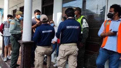 Cierran por 10 días casa que funciona como hostal para migrantes en Cartagena