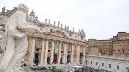 El Vaticano pide cambios en el proyecto de ley contra la homofobia de Italia