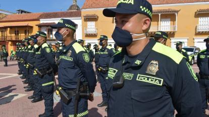 Policía de Cartagena estrena uniformes y vehículos