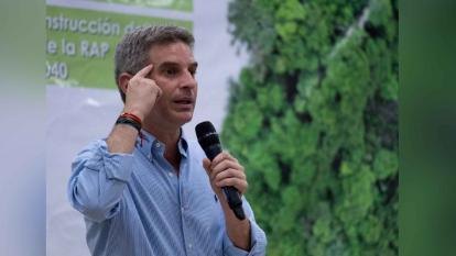 Minambiente viajará a Londres para debatir sobre cambio climático