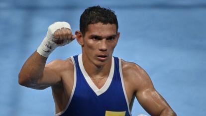 Céiber Ávila gana en su debut en el boxeo de los Juegos Olímpicos de Tokio