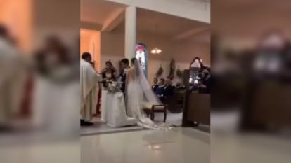 """""""Siempre te seré infiel"""": hombre se equivocó en sus votos matrimoniales"""