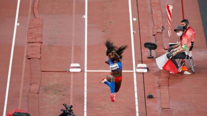 Caterine Ibargüen clasificó a la final de salto triple femenino en Tokio