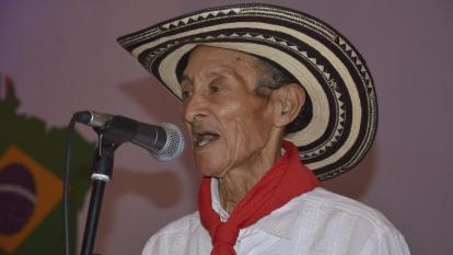 así se vive el funeral del fallecido Juan Chuchita Fernández
