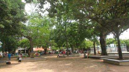 Gobernación de Bolívar atiende crisis de desplazados por la violencia
