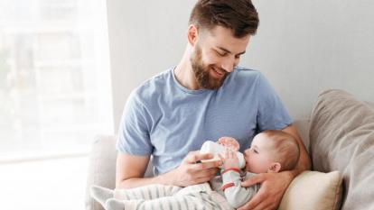 Sancionada Ley que amplía a dos semanas licencia de paternidad